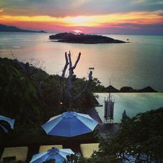 See 99 photos and 4 tips from 318 visitors to Gulf of Thailand.nice view and beautiful sandy beach. How To Get Tan, Koh Phangan, Bus Tickets, Koh Tao, Nice View, Sailing, Thailand, Patio, Island