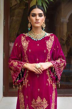 Dress With Shawl, Velvet Suit, Pakistani Salwar Kameez, Embroidery Suits, Winter Dresses, Winter Collection, Designer Wear, Fancy, Velvet Dresses