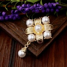 Baroque Royal Enamel Pearl Gold Broche Brooches Scarf Clip Lapel Pins Broche Jewelry Hat Bijoux Brooch Dress     Tag a friend who would love this!     FREE Shipping Worldwide     Buy one here---> http://jewelry-steals.com/products/baroque-royal-enamel-pearl-gold-broche-brooches-scarf-clip-lapel-pins-broche-jewelry-hat-bijoux-brooch-dress/    #cheap_earrings