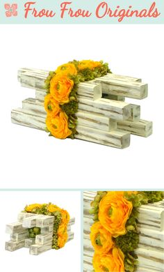 Kantelen is a centerpiece that fits well in a rustic décor. Small distressed blocks of wood form a robust base for a romantic floral arrangement with ranunculus, hydrangea and button mums.