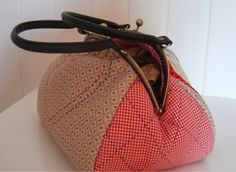 How To Buy Designer Bags With Confidence – Best Fashion Advice of All Time Frame Bag, Diy Purse, Denim Bag, Day Bag, Sewing Projects For Beginners, Fashion Advice, Couture, Clutch Bag, Louis Vuitton Damier