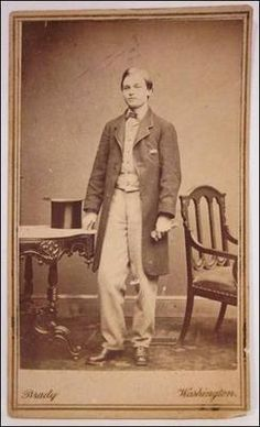 Rare Carte de Visite, full figure portrait of Robert Todd Lincoln, Abraham and Mary Lincoln's oldest son. Mathew Brady Washington D.C. Studio c. 1861. *s*