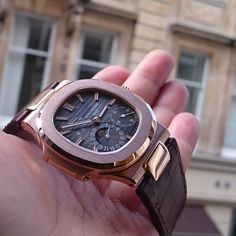 #patekphilippe #patek #rosegoldnautilus #nautilus #watches #watchcentre #london #luxurywatches
