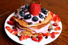 Berry pancakes food strawberries blueberries strawberry pancakes food photos food images food pictures
