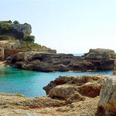 Entdecke Mallorcas schöne und versteckte Badebuchten im Urlaub. Ein Paradies aus feinem Sand und türkisblauem Wasser erwartet euch!