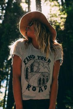 Womens vintage fashion graphic printed t shirt with find your road graphic print perfect for desert coachella and wildfox. Oversized top with a scoop neck.