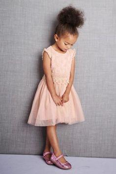 Kaufen Sie Rosa Brautjungfernkleid mit Netzstoffelementen (3 Monate – 6 Jahre) heute online bei Next: Deutschland