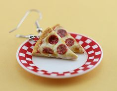 Salami Pizza Earrings | Shay Aaron Miniatures #miniatures #jewelry