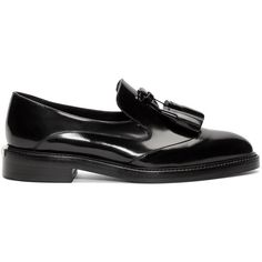 Burberry Prorsum Black Halsmoor Tasseled Loafers ($595) ❤ liked on Polyvore featuring shoes, loafers, flats, flat shoes, black flats, black loafers, black shoes e black loafer flats