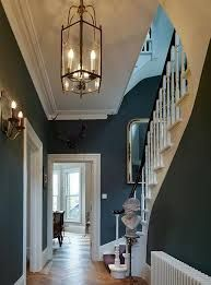 12 Victorian Foyer Lighting Options For Your Home Victorian Hallway, Victorian Home Decor, Victorian Style Homes, Modern Victorian, Victorian Furniture, Victorian Interiors, Modern Interiors, Victorian Fashion, Colorful Interiors
