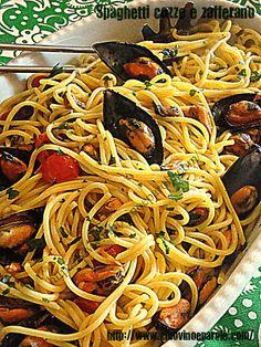 CIBO VINO E PAROLE ...: Spaghetti cozze e zafferano