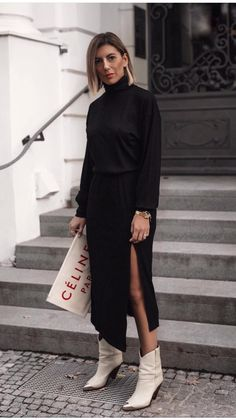Stylish Outfits, Fashion Outfits, Fashion Weeks, Women's Fashion, Black And White Outfit, Leather Jacket Outfits, Just Style, Romper With Skirt, Timeless Fashion