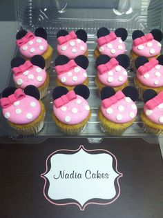 Minnie mouse cupcakes Nadia Cakes