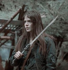 The 100 Cast, The 100 Show, Mob Psycho Manga, Eliza Jane Taylor, Sword Poses, Sword Drawing, Marie Avgeropoulos, Sword Fight, Character Home