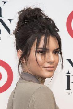 Hair Hair Bangs Kendall Jenner Trendige Ideen Why you need the Flat iron sedu tourmaline T Pelo Kendall Jenner, Kendall Jenner Makeup, Kendal Jenner Hair, Celebrity Hairstyles, Hairstyles With Bangs, Cool Hairstyles, Kendall Jenner Hairstyles, Kendall Jenner Haircut, Chignons Rock