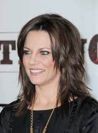pictures of shag haircuts 31 best martina mcbride images on hairdos 1534 | 1534c99ca01f79964f49b50be7af2bc8 martina mcbride health