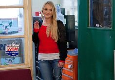 Leela proposes to Ziggy- Leela is about to propose #Hollyoaks @KirstyLPorter @TheFabSantino