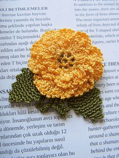 oya crochet brooch