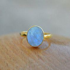 Mondstein - 925 Silber 14kt Regenbogen Mondstein Ring - ein Designerstück von Midas-Jewelry bei DaWanda