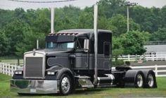 KW w900l  Needs a lift axle and I'd be set wit a 4 axle lowboy.