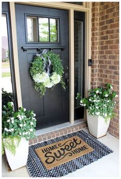54 Beautiful Spring Decorating Ideas for Front Porch #frontporchideas #springdecorating #beautifulspringdecorating | batikku.us
