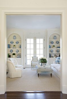 A softer way to decorate with blue and white