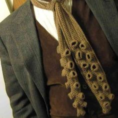 The Lovecraftsman: Enhance your Lovecraft wardrobe with a Tentacle tie/scarf