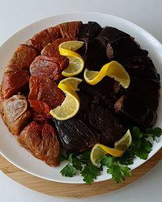 Zeytinyağlı Kuru Dolma Tarifi için Malzemeler   25 adet haşlanmış kuru biber  25 adet haşlanmış kuru patlıcan  İç malzemesi için;   4-5 adet kuru soğan  3 su bardağı pirin�