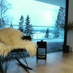 Good Morning! Blue moment  #talvi #winter #myhome #rarchair #eames #vitra #normanncopenhagen #oliivipuu  #betonilattia #designbetoni #elämyslattiaplus #scandinavianhome