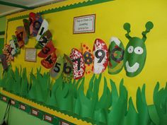 A super Counting Caterpillar classroom display photo contribution. Great ideas for your classroom! Preschool Displays, Teaching Displays, Preschool Classroom Decor, Eyfs Classroom, Preschool Crafts, Baby Room Display Boards, Classroom Display Boards, Classroom Displays, Bulletin Boards