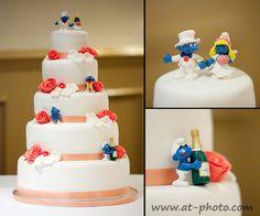 Wedding Cake with smurfs