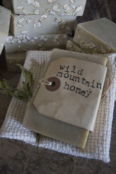Fresh Goatsmilk soaps !  I have Wild Mountain Honey and Harvest Spice !  They are wonderful !  Comes as shown with a small woven cloth. $6.50 set ♥ SOLD
