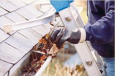 Cleaning your gutters with cleaning tools - http://guttercleaningtools.net/cleaning-gutters-without-a-ladder/