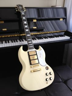 2001 Gibson Custom SG Custom Reissue 1962 Reissue Triple Pup - James Iha played one in the Cherub Rock video