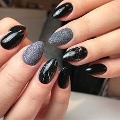 When clients ask marble nails, they get marble nails . . . #nails #gelnails #gelnagels #naglar #lovenails #gel #notpolish #nailsidid #nailartwow #nailart #nails #nailsoftheday #potd #nailstagram #belgium #belgiannailtech #marblenails #blacknails #sugarnails #potd #notd #beauty #beautybar #followfornails