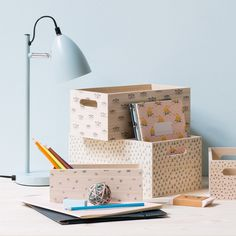 Keep your office supplies in the sisters' adorable storage boxes made of paulownia. Storage boxes, price per item DKK 18,80 / EUR 2,63 / ISK 518 / NOK 27,90 / GBP 2,32 / SEK 25,90