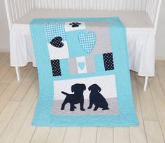 Puppy-themed quilt. Perfect for little pet lovers and future dog owners. Excellent gift idea for those, who expecting twins. Let me know what is your favorite colors and animals. Lets create an amazing quilt together!  This is my version, but please dont hesitate to create your own vision. Theres so many ways to make a nice baby quilt or nursery set.   Would you like a personalized version of this quilt? Contact me with the desired name and I will make a new quilt by your request and ship it…