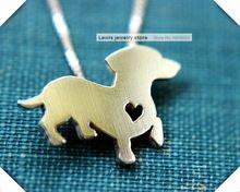 Whloesale más nuevas Summer a la moda del Dachshund lindo del collar del metal pendiente perro de la historieta joyería de plata / oro colores plateado 12 unids/lote(China (Mainland))