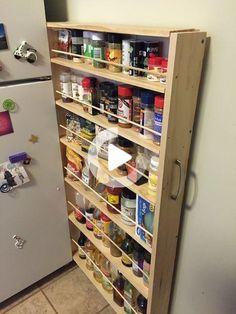 Versteckte Speisekammer mit Kühlschranklücke: In diesem Instructable lernen Sie, wie Sie dringend benötigten Küchenraum stehlen und dabei keinen Platz mehr beanspruchen. Ich wohne in einer kleinen Wohnung mit einer noch kleineren Küche, die fehlt die Lagerabteilung. Also brauchte ich ein neues Taxi ... Kitchen Pantry Cabinets, Diy Kitchen Storage, Diy Storage, Kitchen Organization, Storage Ideas, Fridge Storage, Pantry Diy, Refrigerator Organization, Tool Storage