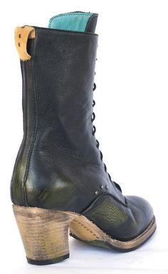 No.0018 CROSSWALK tall lace-up boot Black