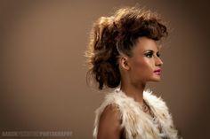 high fashion mowhawk and makeup   oO88bFI/AAAAAAAAAG4/KiryeUl3f-w/s1600/ForJai.jpg