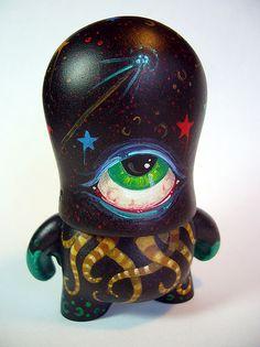 KindaJealous. ♥ lovesgraphic art toys collection!