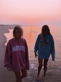 bff and room and pretty Enna jenna ♡ - ♡ jenna ♡, # Sommer-Badeanzüge # Sommer-Outfi Cute Friend Pictures, Friend Photos, Bff Pics, Family Pictures, Shooting Photo Amis, Best Friend Fotos, Summer Goals, Insta Photo Ideas, Cute Friends