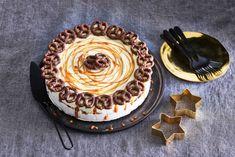 Pretzels in een taart? Yes you can! Verras je gasten met deze bijzondere combi van zoet en zout. - Recept - Allerhande Winter Christmas, Pretzel, Fudge, Ice Cream, Yummy Food, Sweets, Snacks, Baking, Seeds