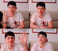 Freestyle Rap, Perfect Boy, Bb, Baseball Cards, Iphone, Youtube, Amor, Beautiful Children, Champs