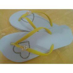 Modelo branco com tira amarela strass dourado original e piercing de coração. Watsapp (31) 75003471 by pe.modelo