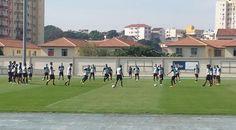 BotafogoDePrimeira: Sem Roger Carvalho, Jair Ventura fecha treino táti...