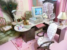 Barbie Office Furniture ...I think that I can this rather than buying. Pinning for later reference.