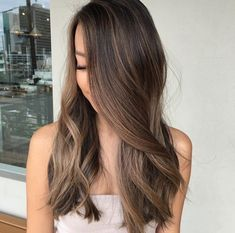 Ideas Hair Brunette Lowlights Haircolor 60 Chocolate Brown Hair Color Ideas for Brunettes Brown Blonde Hair, Brown Hair With Highlights, Light Brown Hair, Brunette Hair, Brunette Highlights Lowlights, Bronde Hair, Balayage Hair, Balayage Color, Haircolor