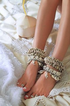 beachy boho shell ankle cuffs and toe rings